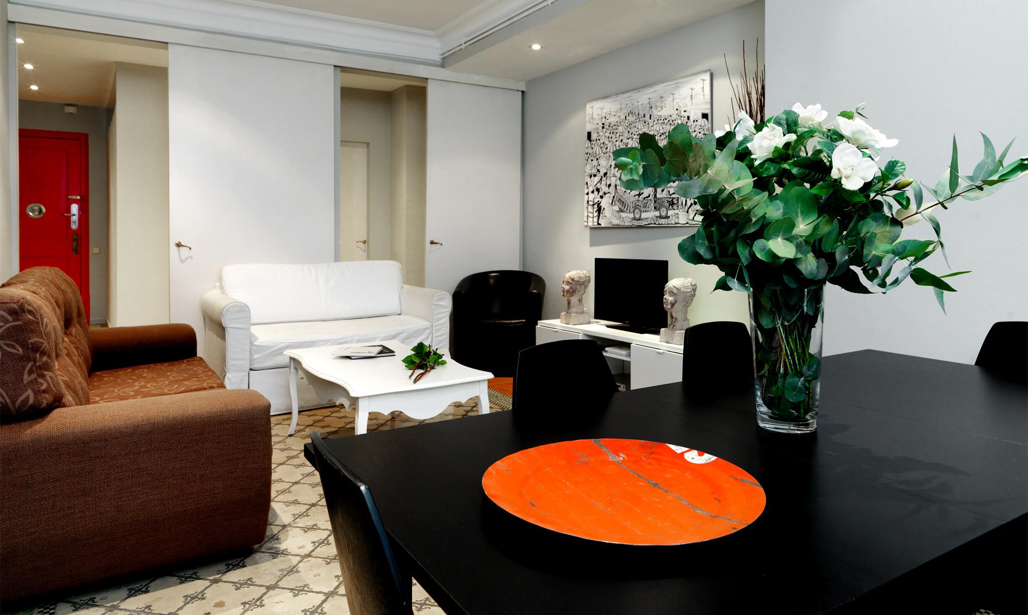 Fewdaysbarcelona rent luxury apartments in barcelonarent for Barcelona apartment